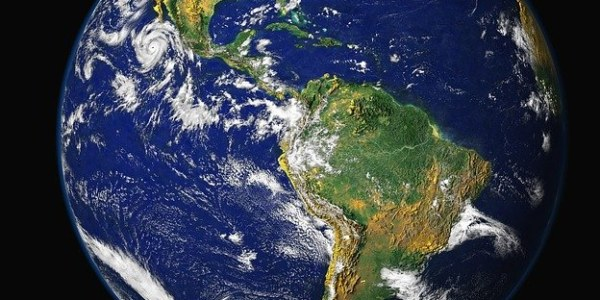 Are Earth Science and Environmental Science the same?